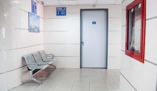どこにお金をかけるか? 広い診察室を作るか? 広い外待合を作るか?